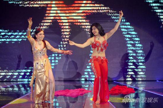 吴培仙和与金敏珠共舞