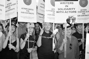好莱坞今天暂不罢工抛出2.5亿美元的最后利诱