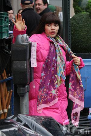 《丑女贝蒂》纽约街头取景女主角见帅哥即苏醒