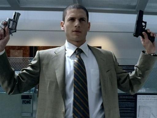 《越狱》第一季大事记:迈克尔故意入狱