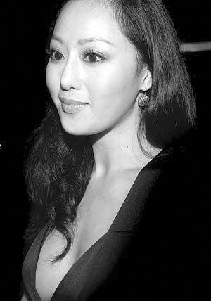 天天新报:消费偶像章小蕙和她身边的人