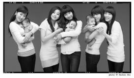 组图:尹恩惠朱智勋张赫拍慈善写真助韩国孤儿