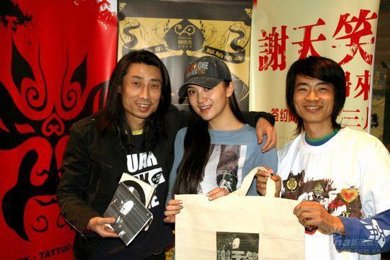 十三月引发唱片革命谢天笑小宋佳买椟还珠(图)