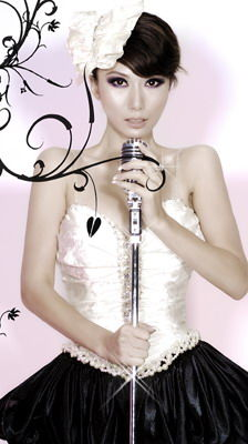 高娜演唱《新不了情》插曲不惧与张靓颖作比较