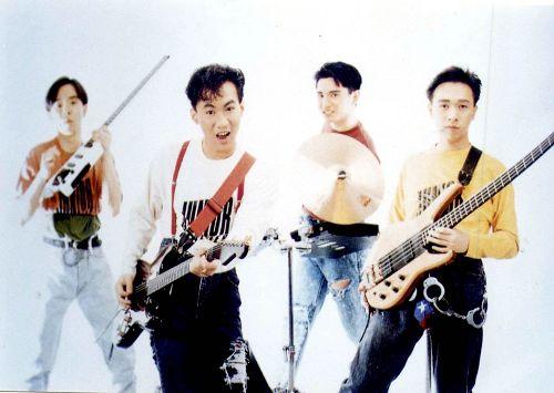 梦剧院 (听歌) ,小岛,蓝战士(blue jeans (听歌) )等大批的乐队的出现