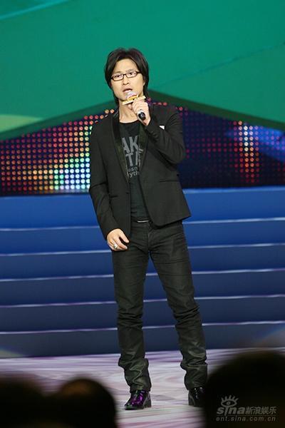 汪峰追讨歌曲彩铃收益对结果不满起诉老东家
