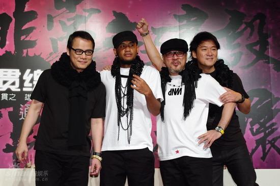 台湾四天王组最老乐团互比年龄争执不下(图)