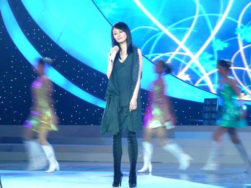 袁泉音乐受肯定被称最美丽最佳女歌手(图)