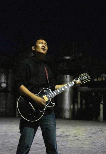 卢中强透露十三月唱片2009发片计划