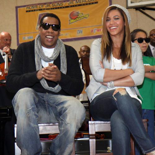 碧昂斯和Jay-Z情人节做慈善詹姆斯凑热闹(图)