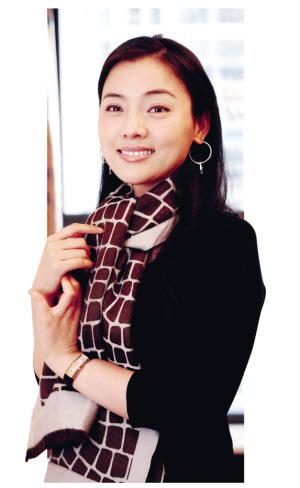 陈思思台湾开个唱《天涯歌女》让阿婆热泪盈眶