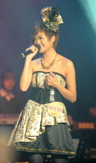 李宇春师妹够帅气参加比赛只唱男人歌