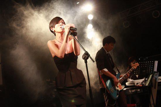 陈珊妮将任左小祖咒个唱嘉宾首次同台对唱(图)