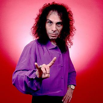 前黑色安息日主唱Dio因胃癌不治去世(图)