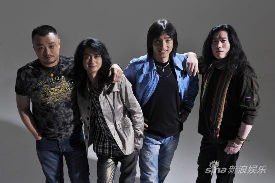 唐朝乐队热力助阵2010深圳欢乐谷狂欢节(图)