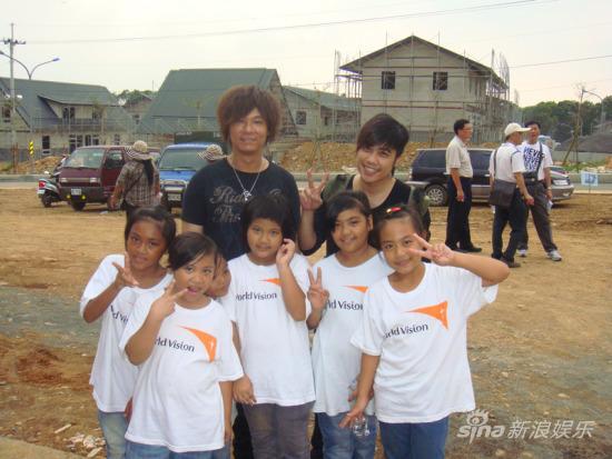 杨培安助阵世界展望会鼓励八八灾民重建家园
