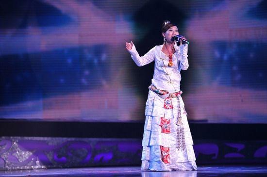 中国藏歌会决赛第二场 坚持梦想的女孩泽央卓玛