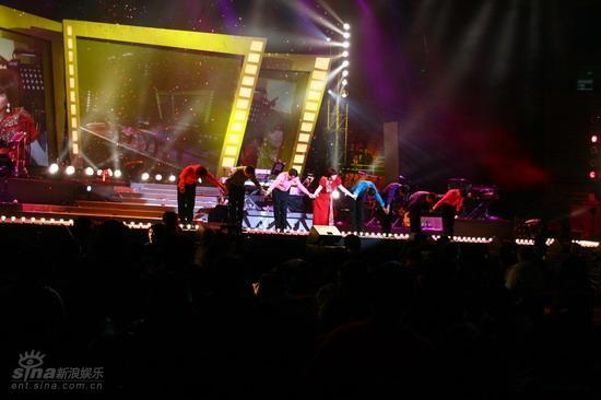 图文:蔡琴北京演唱会--蔡琴演唱会舞台