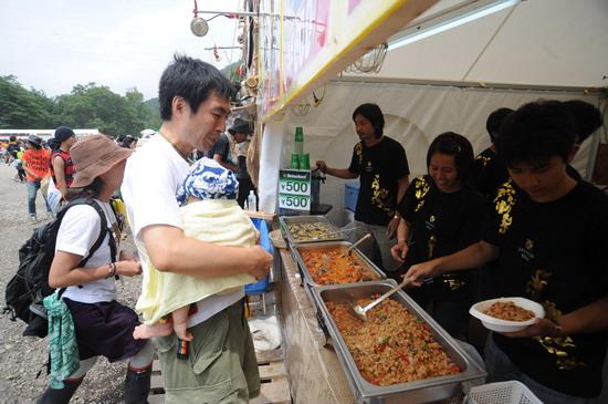 图文:富士音乐节第三天--各种炒饭