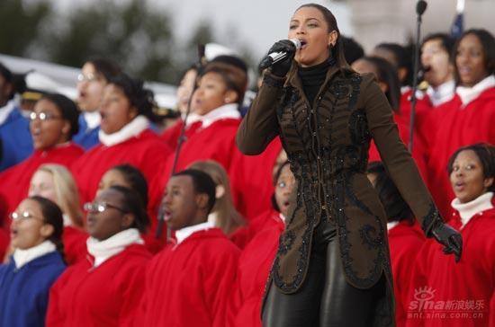 图文:奥巴马就职音乐会--碧昂斯领衔高歌