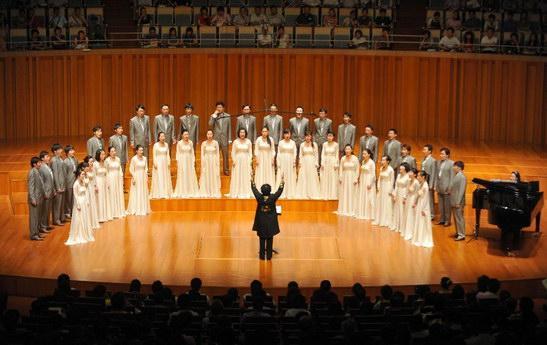 国家大剧院青年室内合唱团首次亮相京城(组图)
