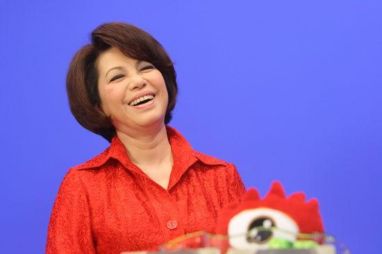 图文:蔡琴做客聊新专辑-开怀大笑