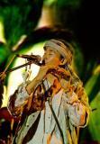 长沙橘州音乐节第二天老狼率众大合唱(图)
