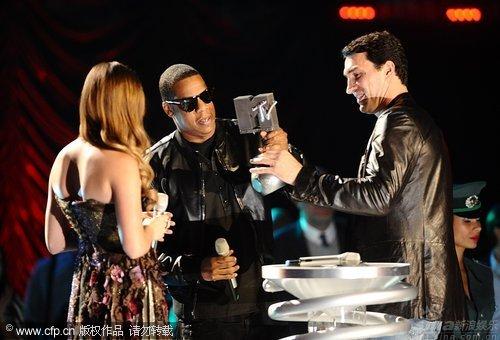 图文:2009MTV欧洲音乐大奖--JayZ获最佳城市音乐歌手奖