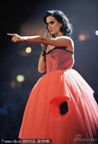 图文:2009MTV欧洲音乐大奖--凯蒂佩里主持