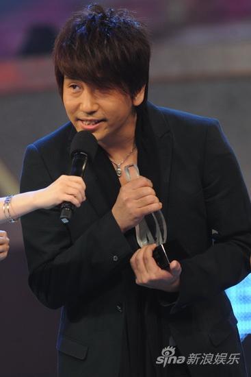 图文:09中歌榜颁奖礼现场-沙宝亮实力获得肯定