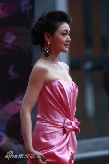 图文:华语榜中榜红毯-大S美容大王风范