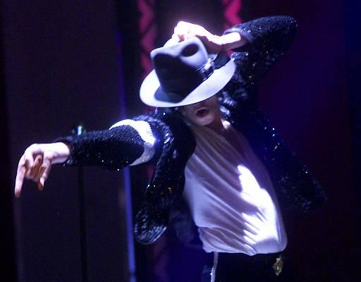 图文:杰克逊的最后30个瞬间-三十周年纪念演出
