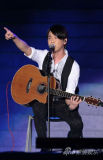 中日韩三国歌会谢霆锋唱经典SJ爱宫保鸡丁(图)