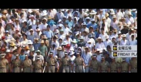 大阪世博会排队的人潮