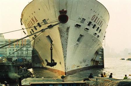 """1998年12月,刚刚抵达上海的""""奥利安娜""""号邮轮博物馆"""