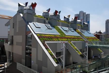 最佳城市实践区的伦敦零碳馆,上下内外布满了高科技