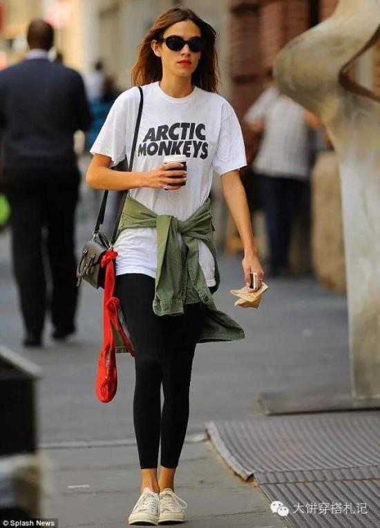 【穿衣榜样】万能出街好copy 打开Alexa Chung的衣橱一起做潮女 - Modish饼 - Modish饼s STYLE BLOG