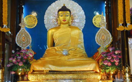 释迦牟尼佛像(菩提迦叶)