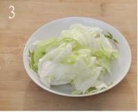 白菜用手撕成块状
