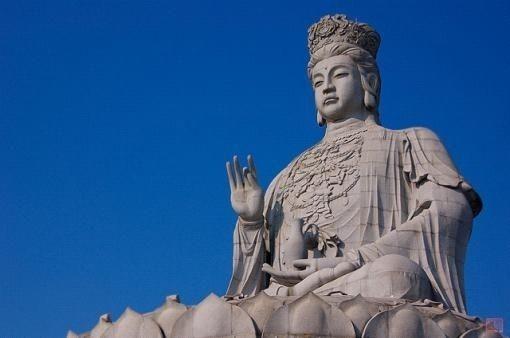 全球最大花岗岩观音雕像