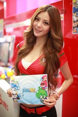 谢梦只体验了两天,但她非常喜欢《泡泡战士》这款可爱的游戏。
