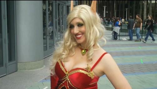 国外游戏展会中的魔兽世界cosplay美女 新浪魔兽世界