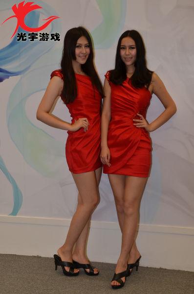 Vanessa和Vivian