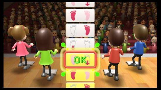 Wii Fit可以结合四肢运动游戏