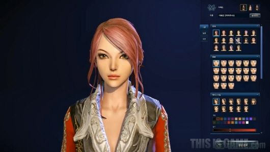 游戏的既定人物造型神似IU