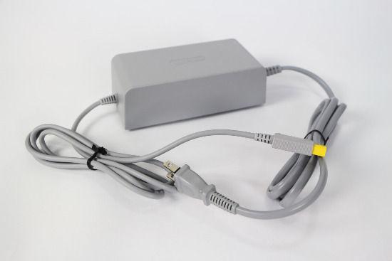 WiiU主机用的AC变压器
