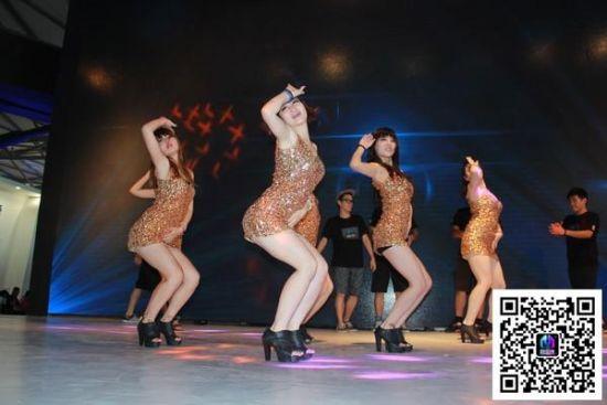 美女舞者性感爆