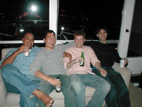 从左至右:Michael Seibel、Justin Kan、Kyle Vogt、 Emmett Shear