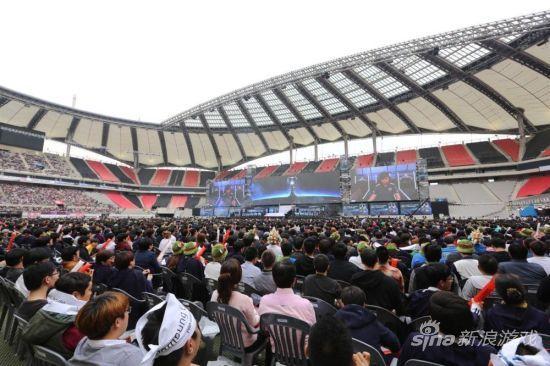 S4世界总决赛决赛在韩国首尔上岩体育场举办,这里是韩日世界杯半决赛比赛场地。