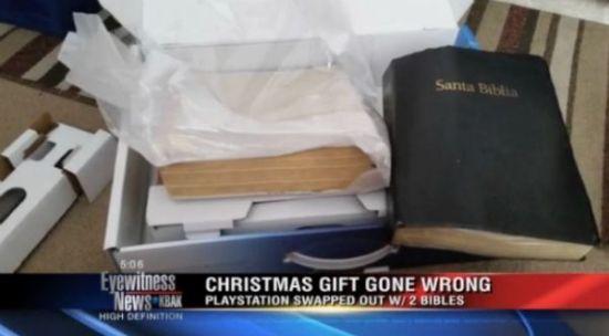 美国女子为男友买PS4:开箱后发现是两本圣经